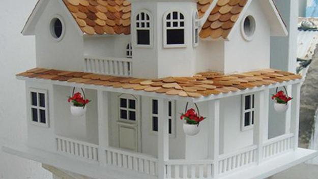 Country Hamlet Birdhouse