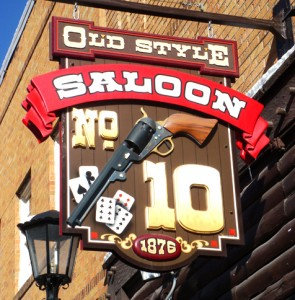 saloon number 10