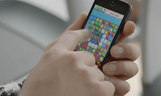 candy-crush-mobile-game