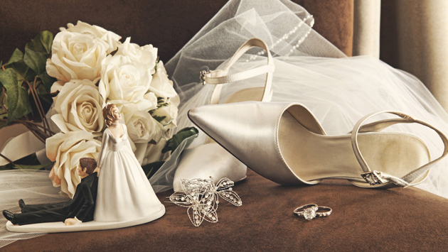 10 Tips For Planning a Beautiful Wedding on a Shoestring Budget