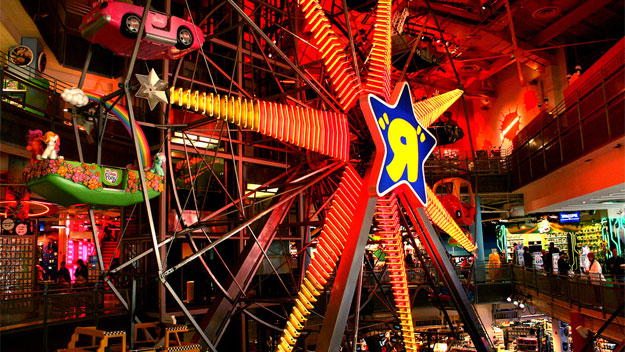 "Ferris wheel in Toys ""R"" Us"