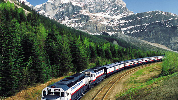 The Rocky Mountaineer en route