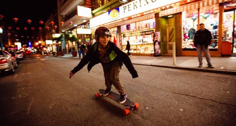 boosted-electric-longboard-chinatown-1-e1434605596634