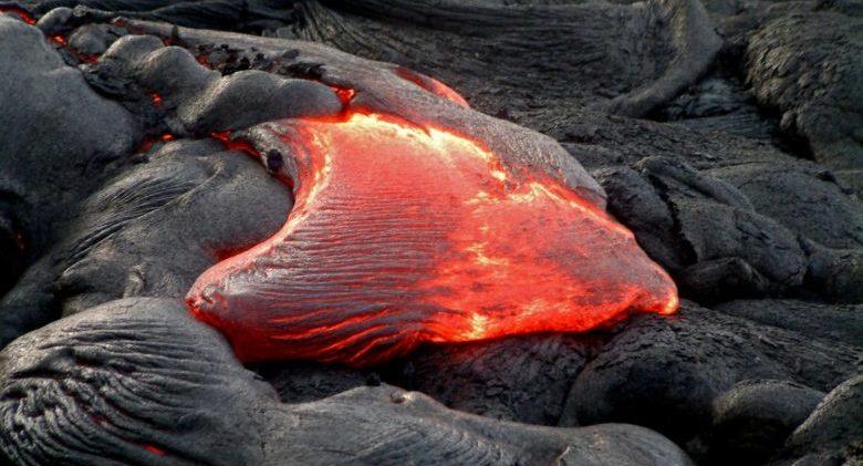 bubbling-lava-hawaii-island